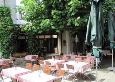 Gasthof Göttler Simbach Biergarten
